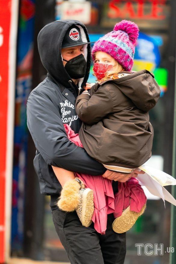 Брэдли Купер с дочерью_2