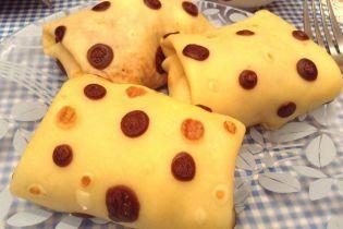 Млинці в горошок на Масницю: готуються просто, мають оригінальний вигляд