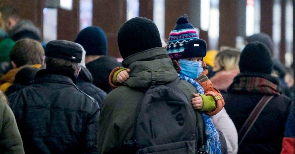 Рада сделала первый шаг к увеличению минимального размера алиментов на ребенка, взимаемых с родственников