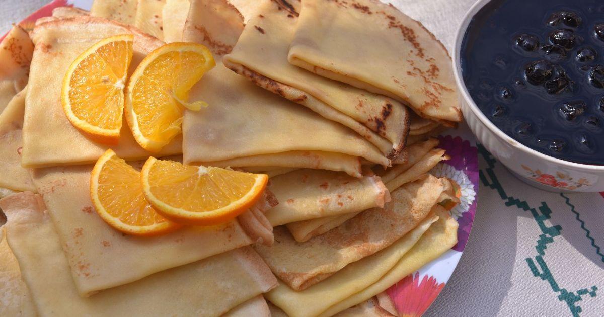 Рецепти начинок для млинців на Масницю: чим потішити себе та рідних