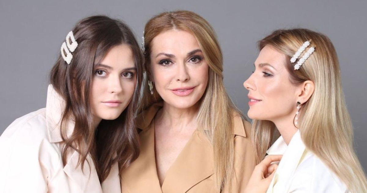 Ольга Сумская поздравила дочь с 19-летием и показала ее красивые фото