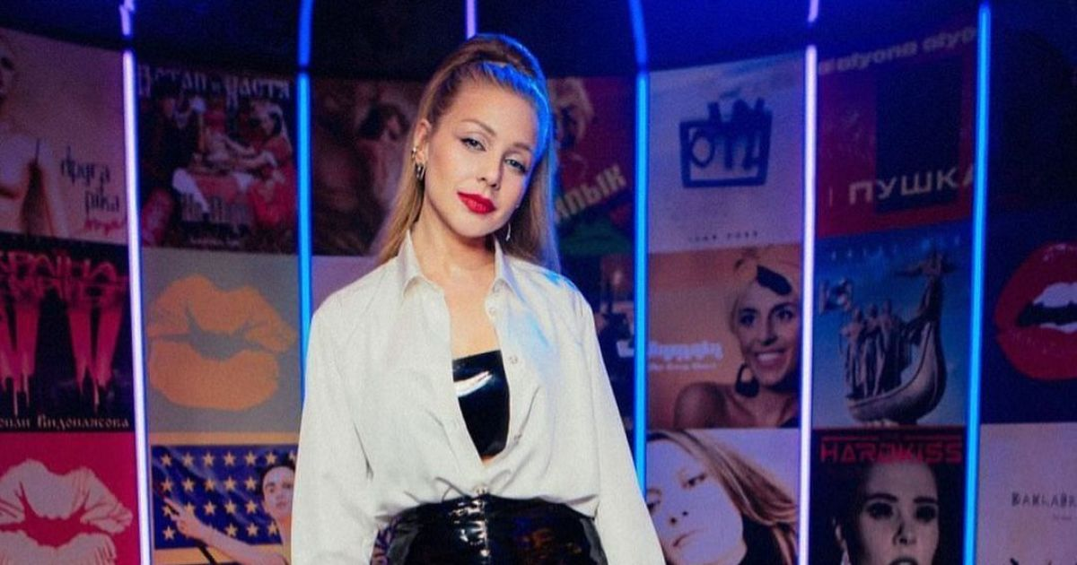 """""""Липсинк батл"""": Тина Кароль и Оля Полякова встретились на сцене впервые после скандала"""