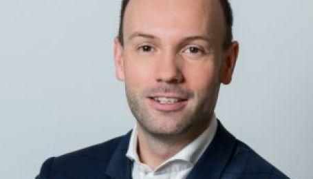 Масковий скандал: провладний депутат німецького Бундестагу складає мандат