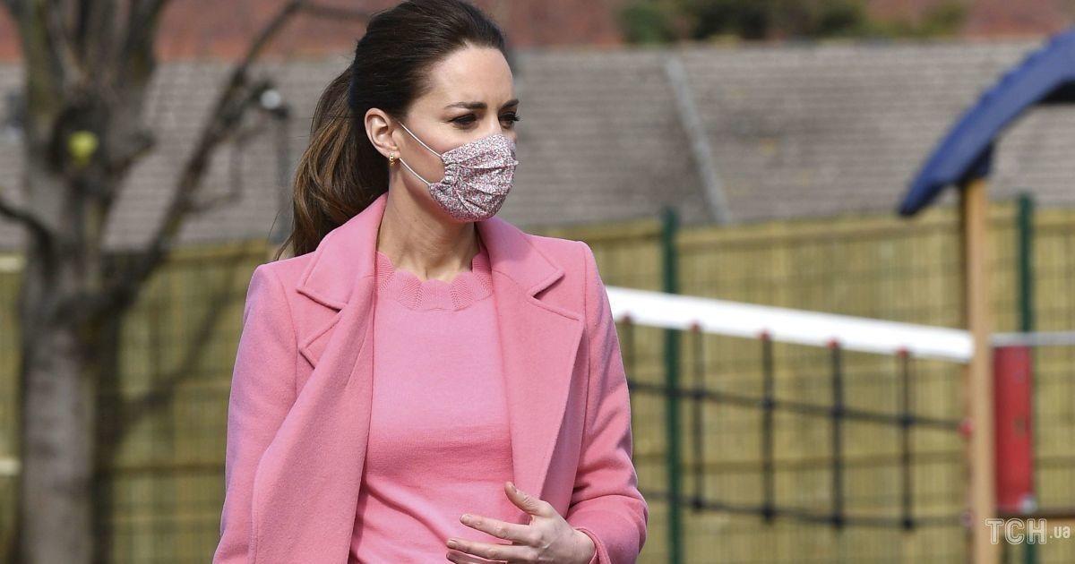 Герцогиню Кембриджскую заподозрили в четвертой беременности
