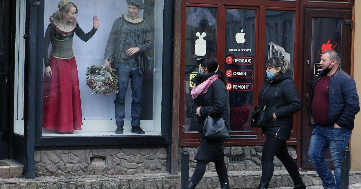 Київ виходить з локдауну: коли послаблять карантин