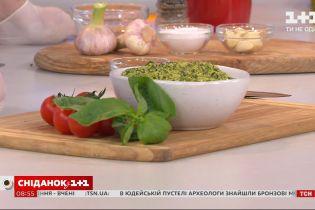 """Як приготувати намазку з сиру """"Лабне"""" зі шпинатом"""