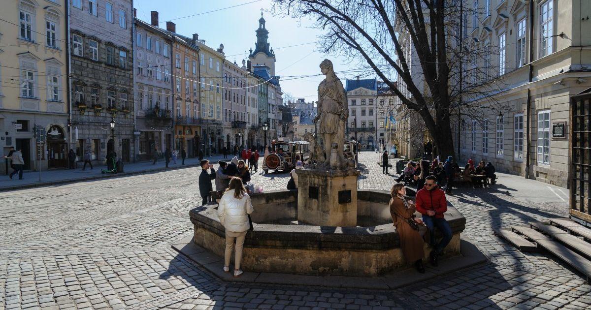 У Львові подовжили посилений карантин до 12 квітня: які обмеження діятимуть в місті
