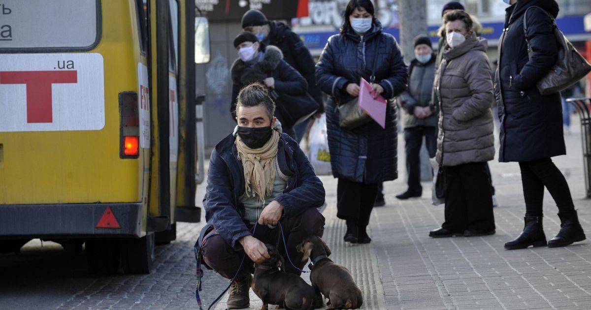 В Киеве заболеваемость COVID-19 держится на высоком уровне: статистика на 27 марта