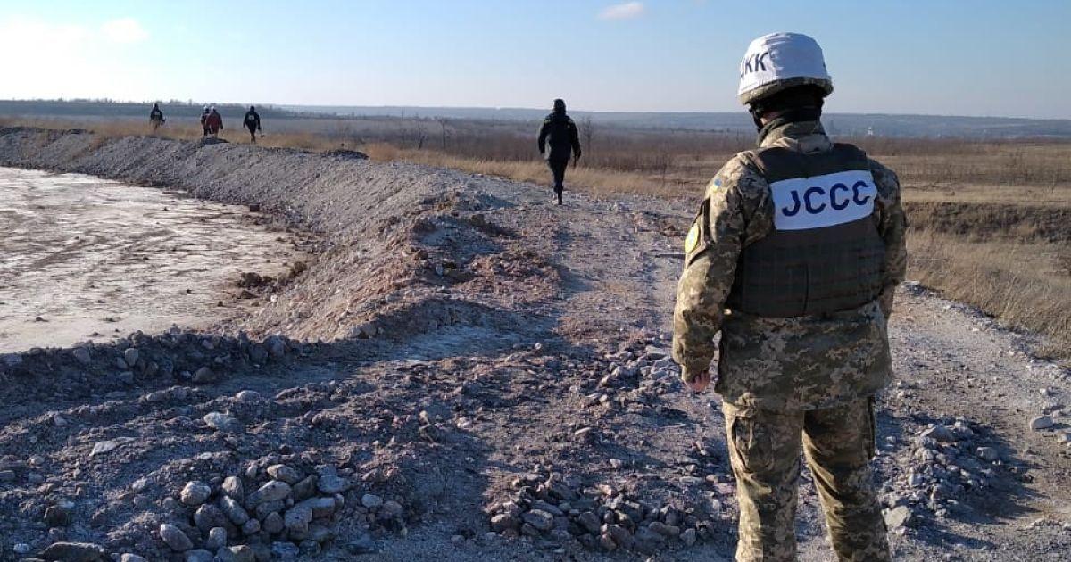 Протягом доби бойовики чотири рази порушили режим припинення вогню: поранено військового ЗСУ