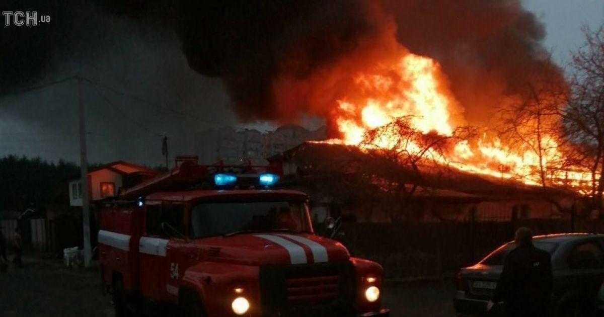 Масштабна пожежа у Коцюбинському: вогонь вдалося локалізувати