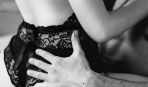 В России 50-летнему мужчине ампутировали пенис после секса сразу с тремя женщинами