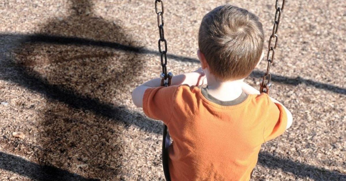 Совершение развратных действиях в отношении 10-летних детей: в Киеве злоумышленнику оглашен приговор