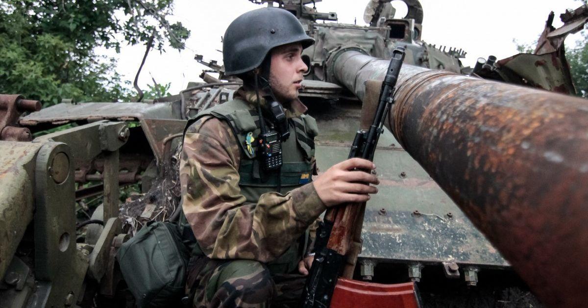 После стягивания Россией войск к границе и усиления обстрелов на Донбассе ТКГ провела экстренную встречу