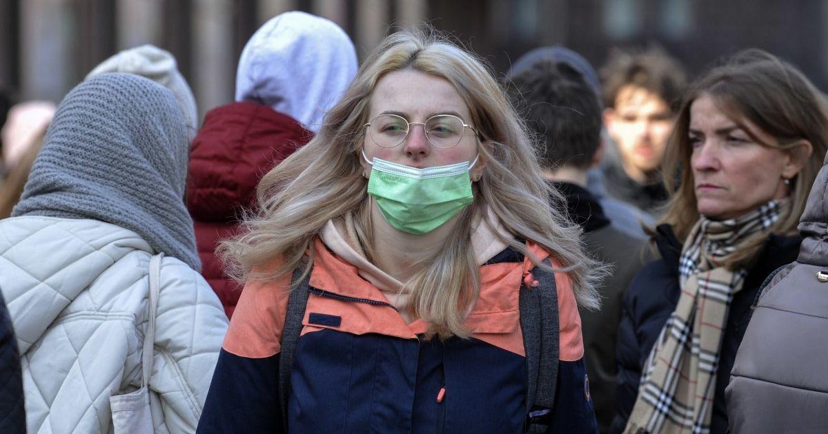 Коронавірус в Україні сьогодні: де від 19 квітня послаблюють карантин