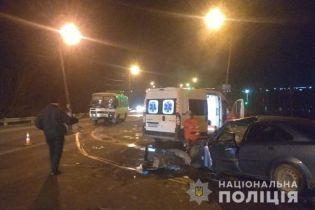 У Хмельницькому автомобіль зіткнувся із автобусом: загинув 35-річний чоловік