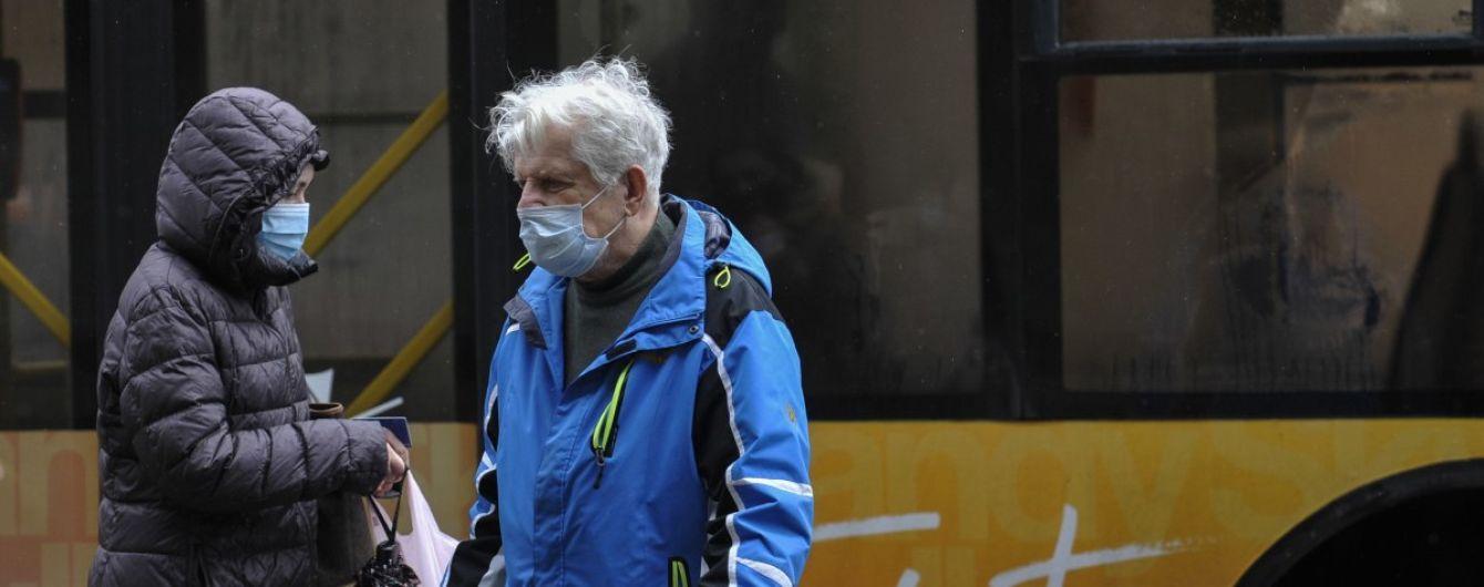 Стало відомо, чи будуть подовжувати суворі обмеження у Києві