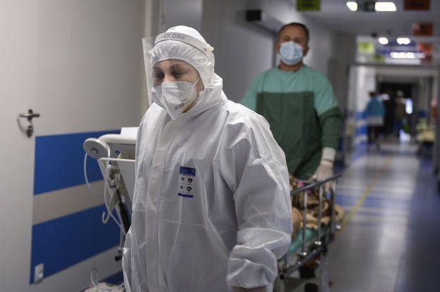 Україна з коронавірусом повторить шлях Чехії: лікар-інфекціоніст зробив прогноз до кінця 2021 року