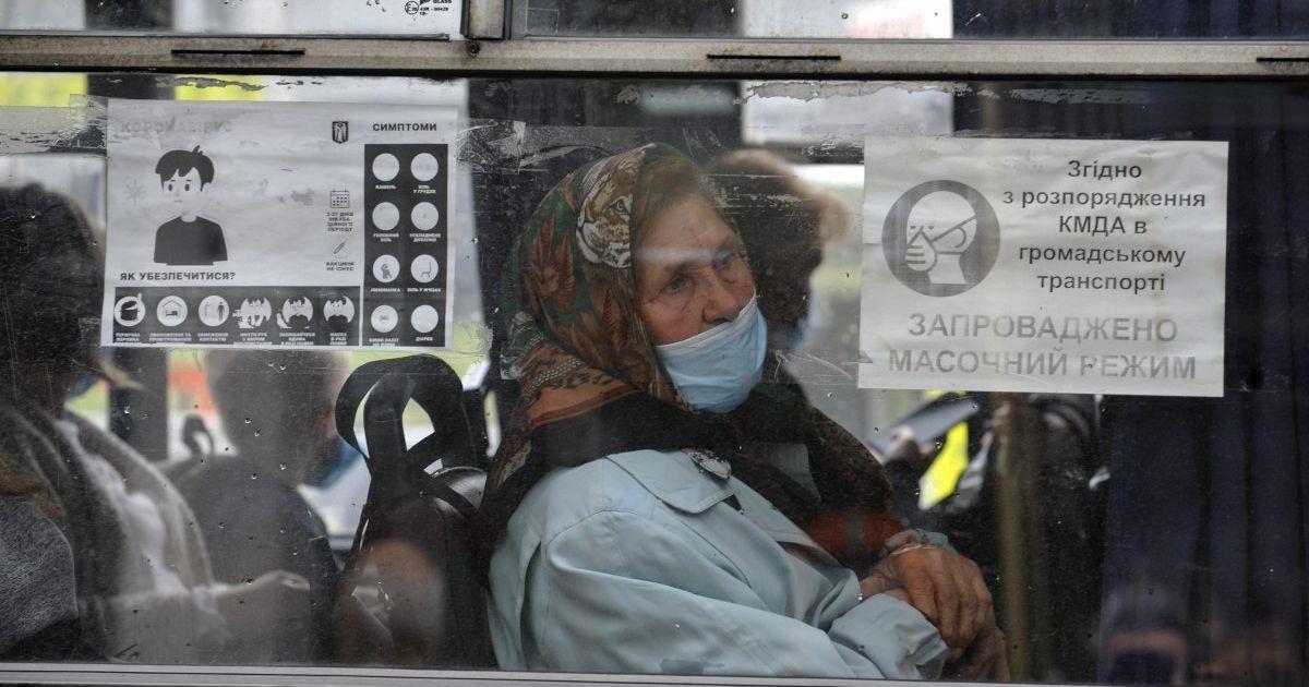 Водителей не хватает, а пассажиры конфликтуют: перевозчики о ситуации в столичных маршрутках