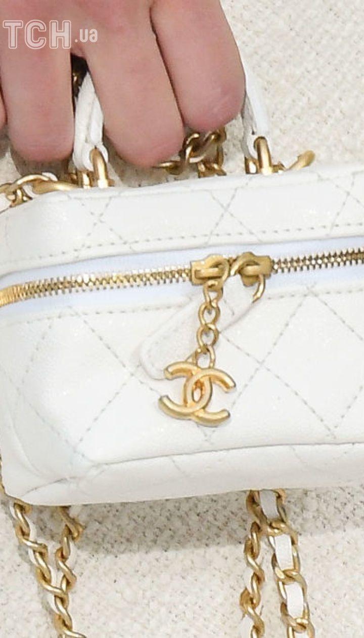 Коллекция Chanel прет-а-порте сезона весна-лето 2021 @ Getty Images