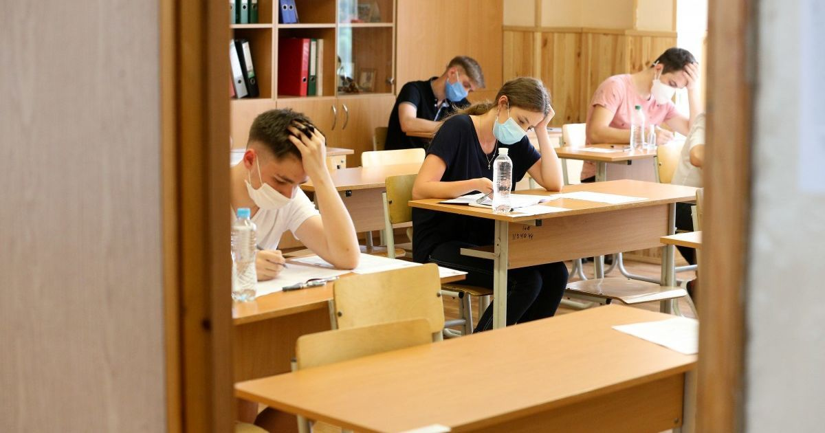Пандемія змусила українських випускників різко змінювати обрану майбутню професію