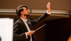 Інтерв'ю з наймолодшим головним диригентом у Польщі: як українець прославився за кордоном і чому любить повертатися додому
