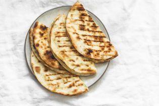 Пісні млинці з картопляною начинкою: простий рецепт