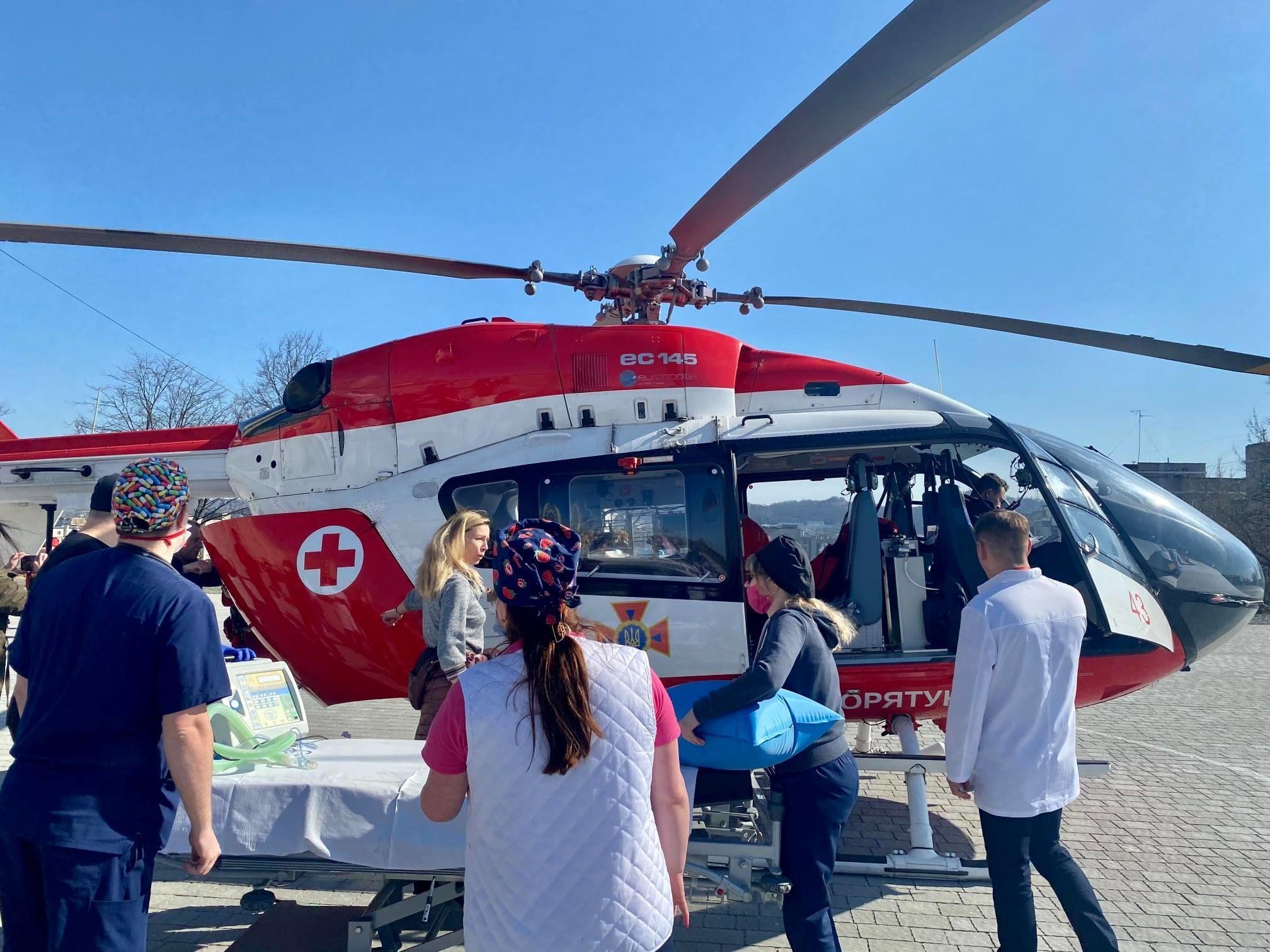 санавіація, медичний гелікоптер_3
