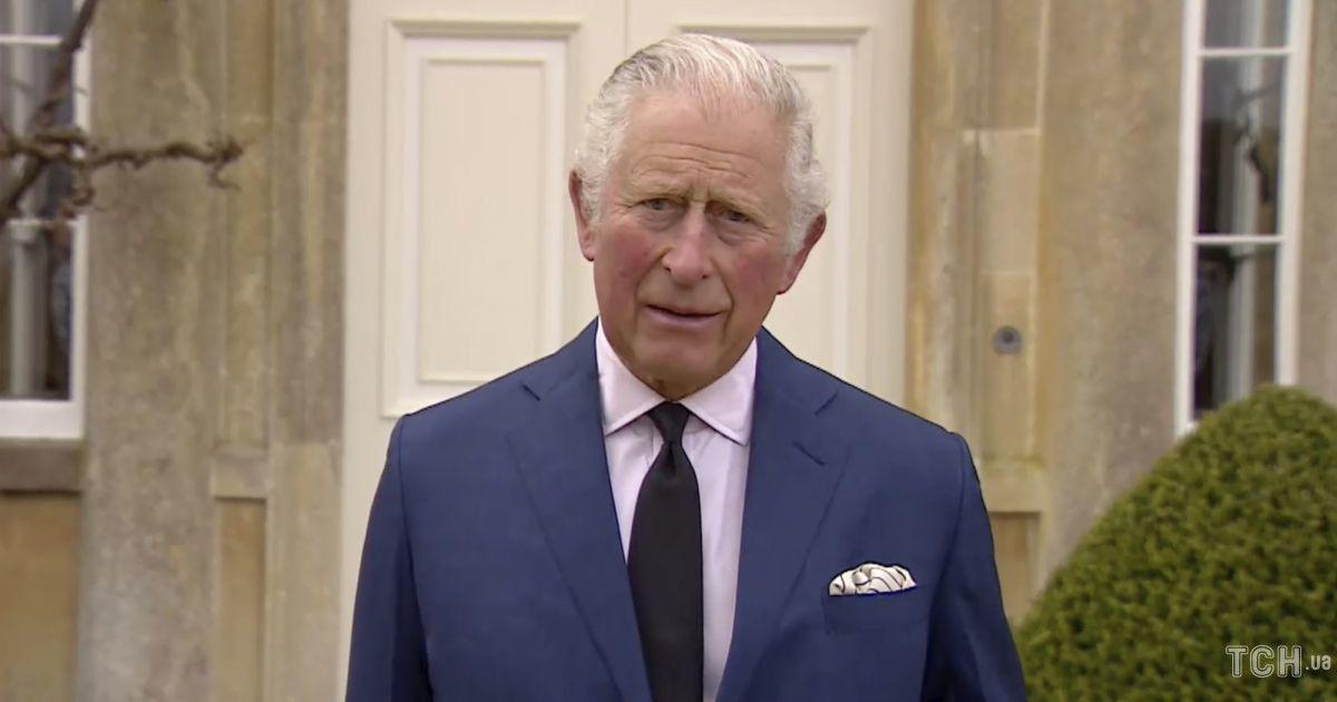 Принц Чарльз віддав останню шану покійному батькові принцу Філіпу