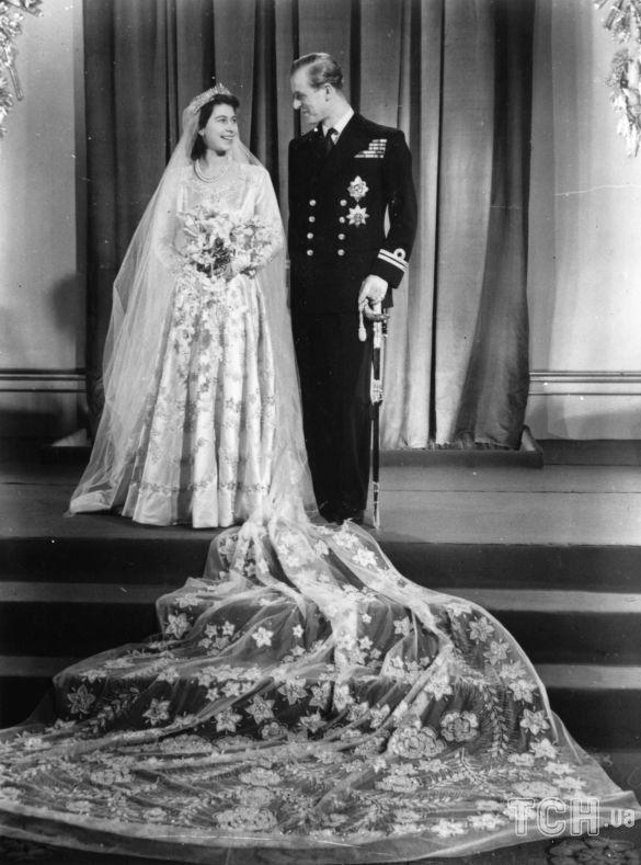 Принц Филипп и королева Елизавета II_2
