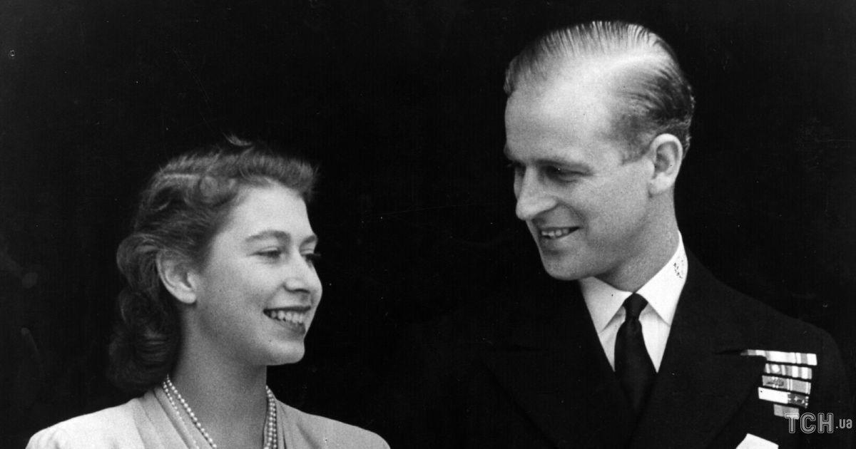 Взяв сімейні клопоти на свої плечі і став тінню королеви: якуціну заплатив принц Філіп за коханнядо Єлизавети ІІ