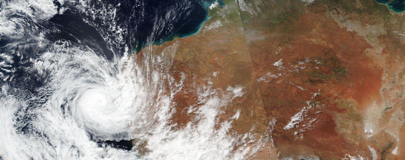 Австралію накрив потужний циклон: швидкість вітру сягала 170 кілометрів