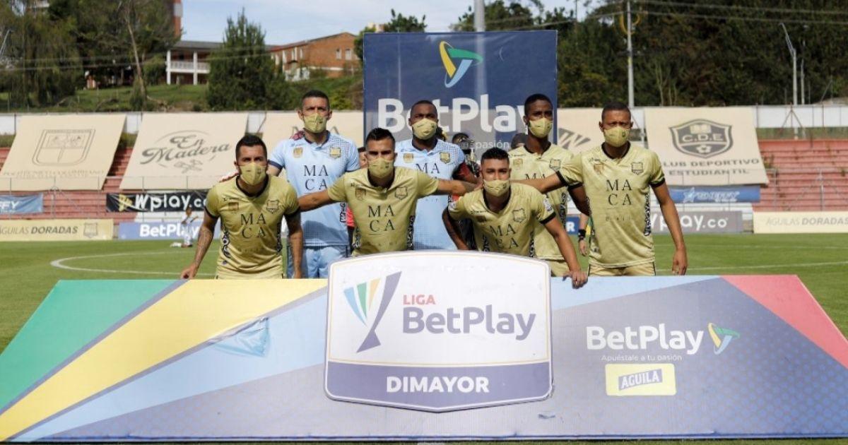 Дивина з Колумбії: вражений коронавірусом клуб виставив на поле 7 футболістів - матч закінчився несподівано