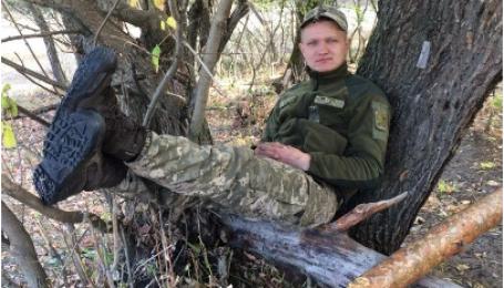 Перед смертю говорив з мамою, планував приїхати додому: на Донбасі вбили 24-річного українського військового