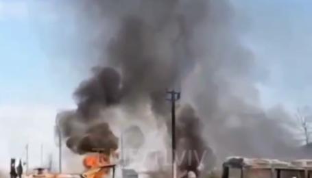 Огонь перекинулся на транспорт: под Львовом из-за поджога сухой травы сгорело три автобуса