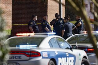 Вбивства у FedEx в США ознаменували повернення масових розстрілів на робочих місцях, призупинених пандемією