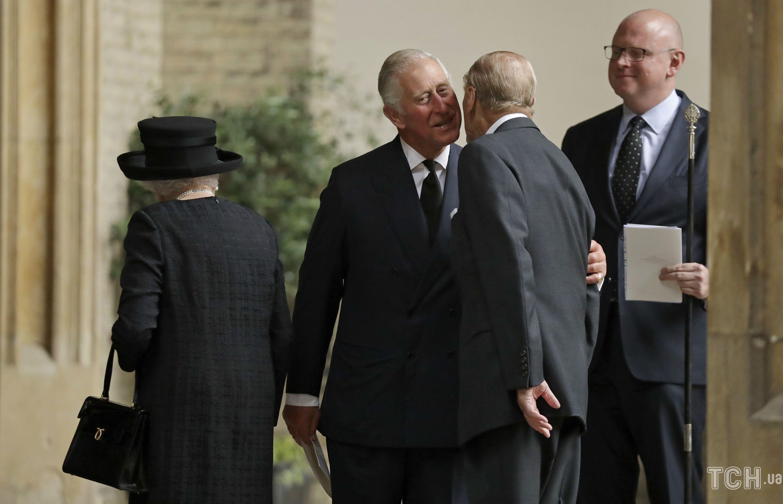 Принц Чарльз и принц Филипп_2