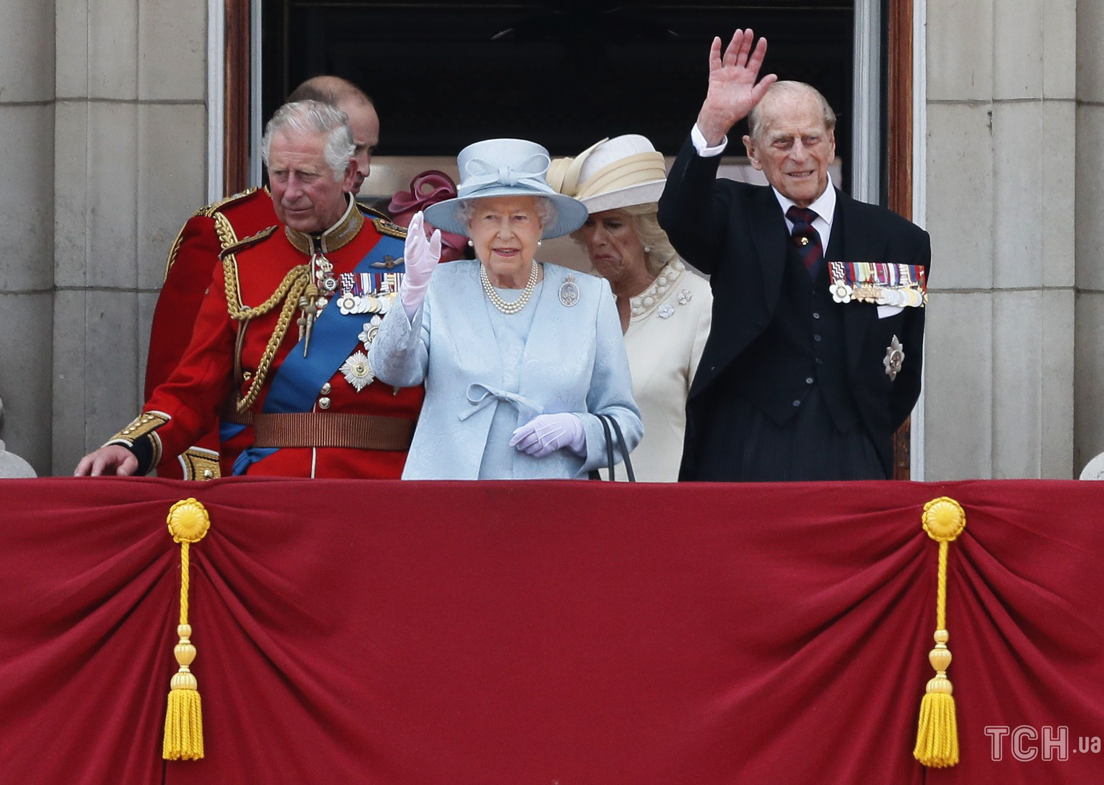 Принц Чарльз и принц Филипп_1