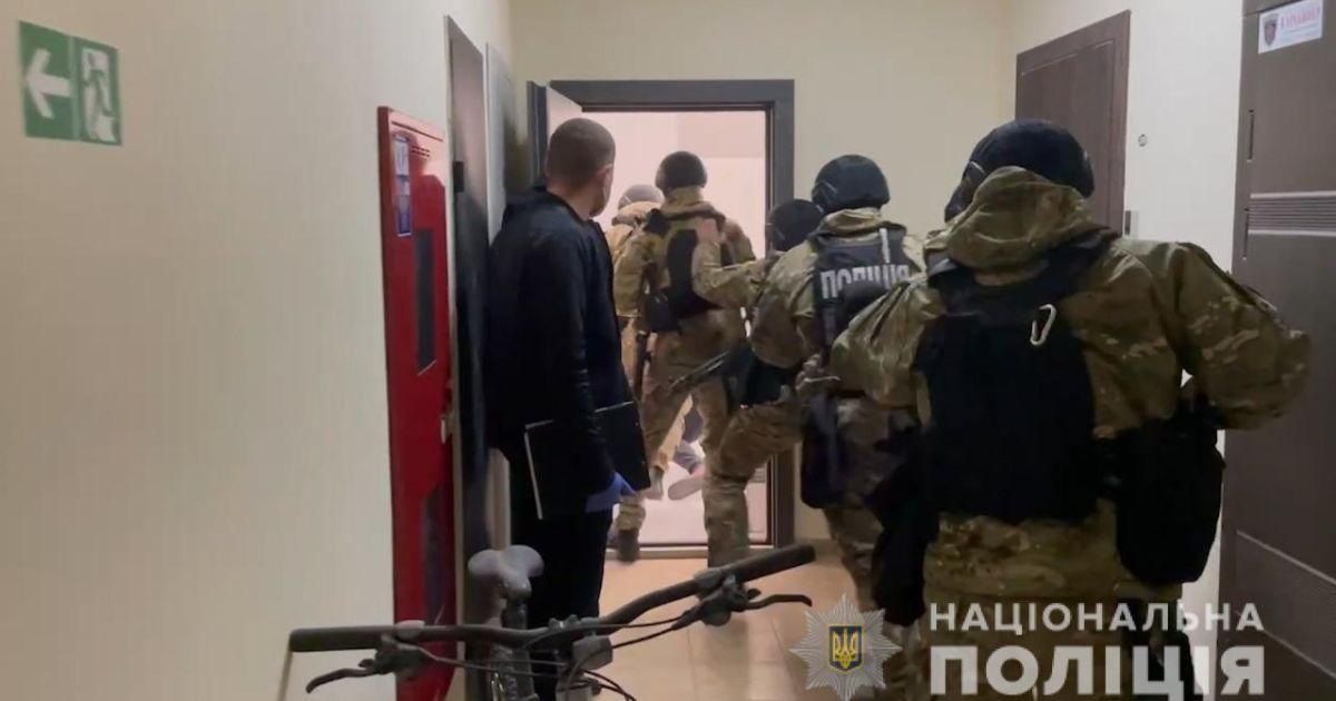 Тримали в заручниках і катували кілька місяців: в Одеській області з полону звільнили іноземців (фото, відео)