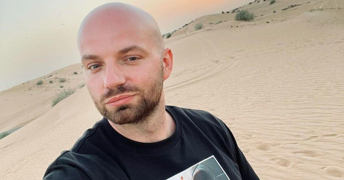 Разведенный Слава Демин озадачил своим обнаженным фото в ванной
