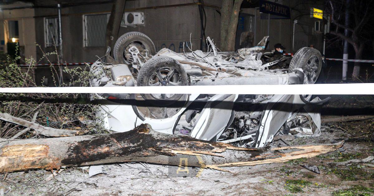 У Мережі з'явилось відео карколомної аварії в Одесі із двома загиблими