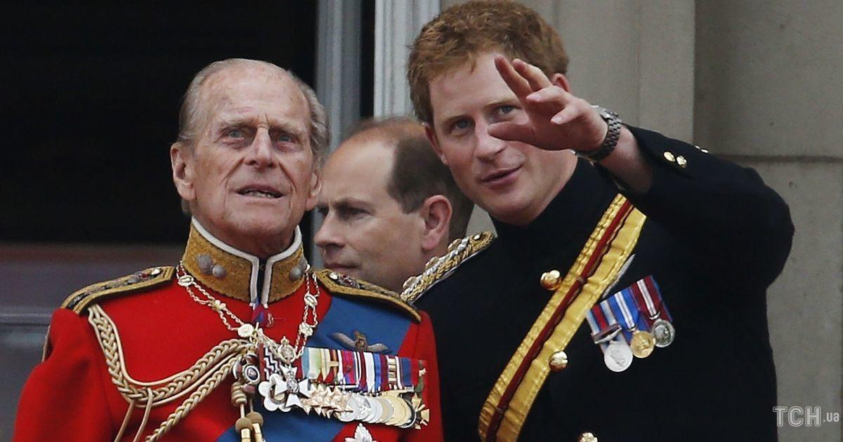 Принц Гарри не сможет надеть военную форму на церемонию прощания с принцем Филиппом