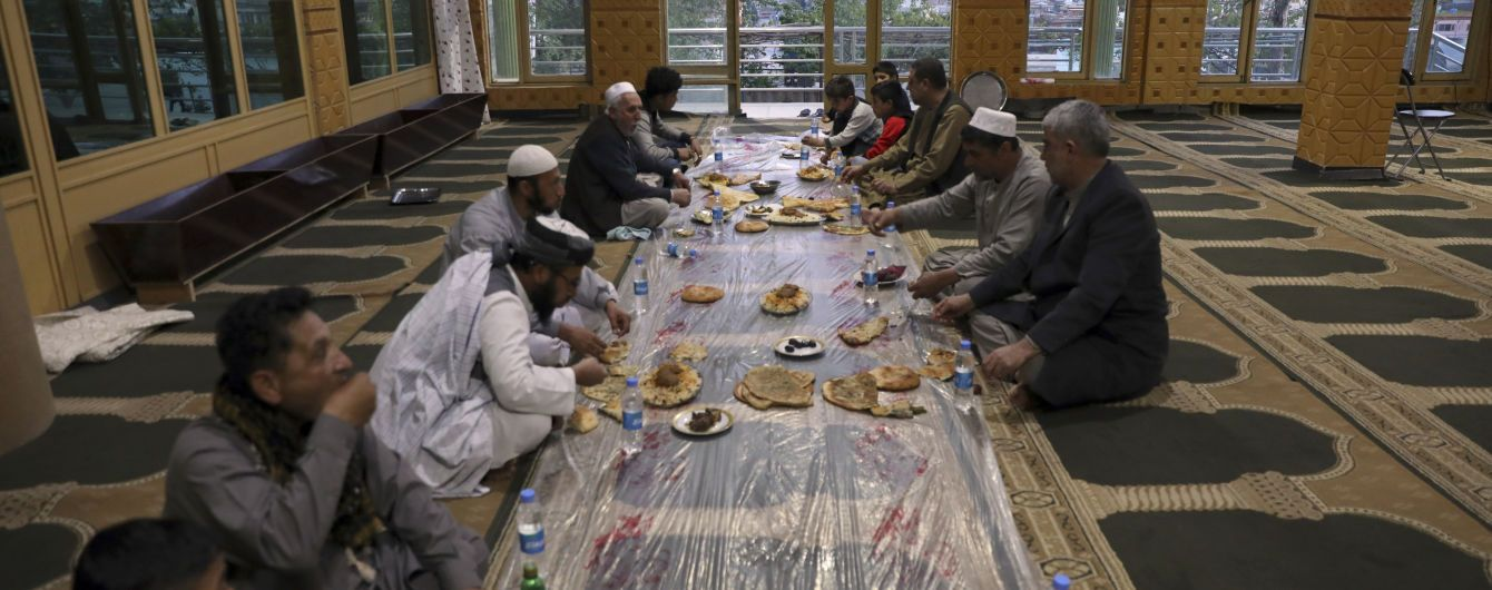 Священний місяць Рамадан почався для мусульман усього світу