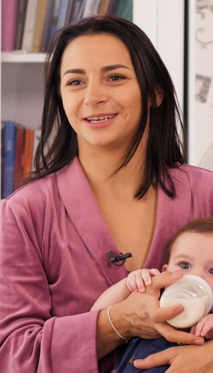Чи стикалася Ілона Гвоздьова з післяпологовою депресією і чому вважає себе суворою мамою