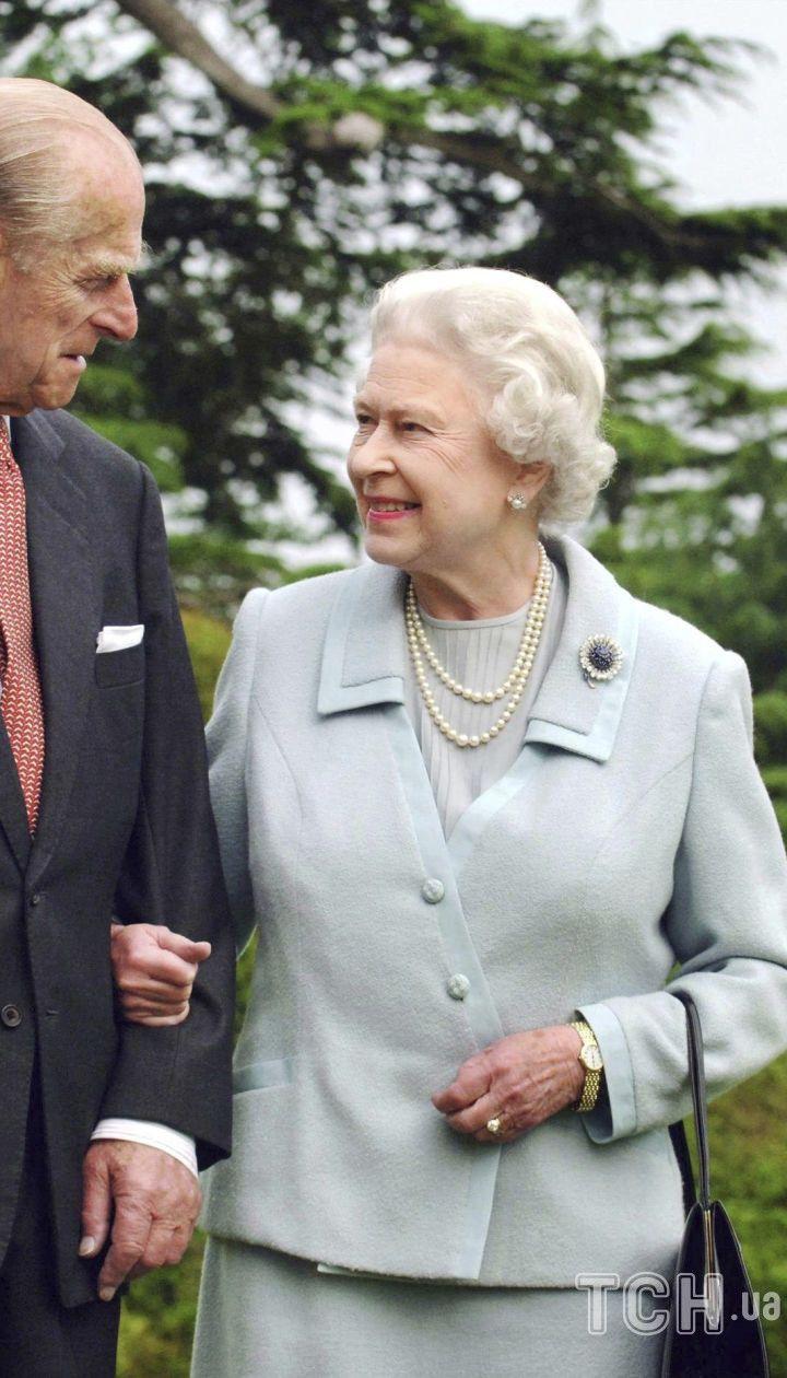Принц Филипп, герцог Эдинбургский и королева Елизавета II
