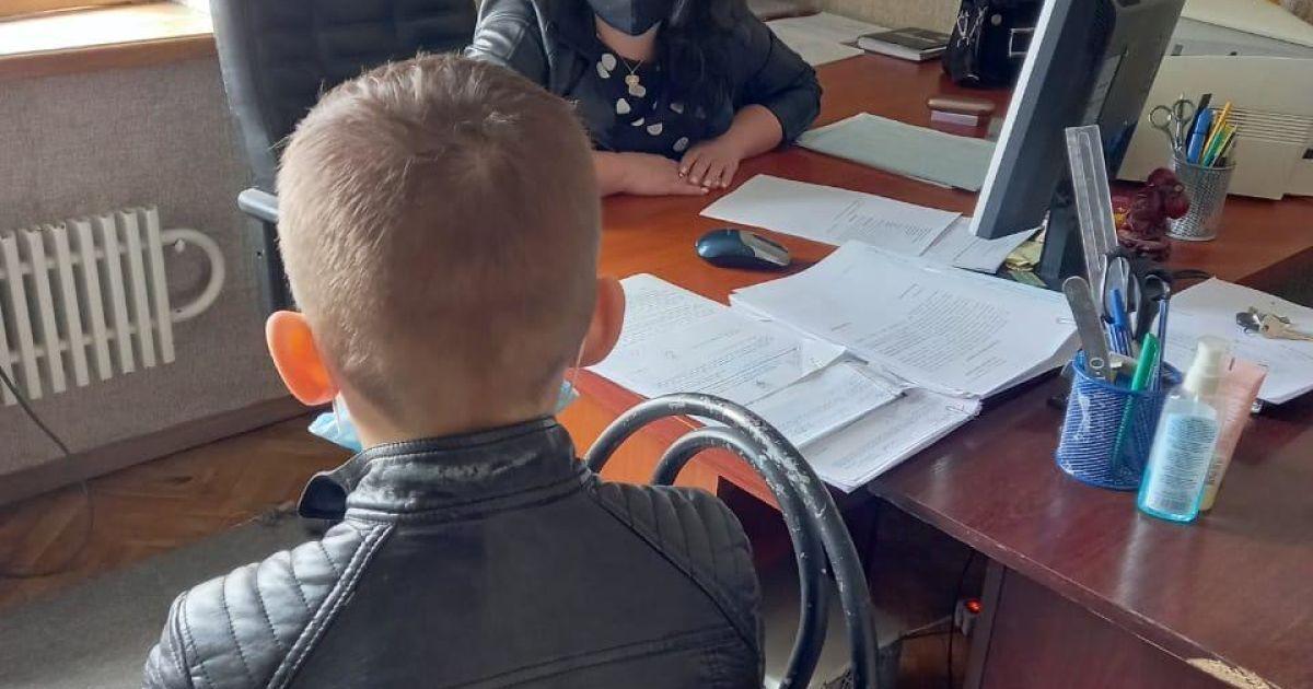 У Харкові 11-річний школяр систематично зривав дистанційне навчання