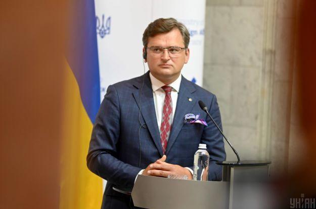 Кулеба закликав відключити Росію від міжнародної системи передачі міжбанківських платежів