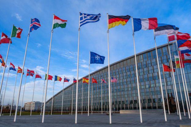 У НАТО підтримали заходи реагування США на дестабілізаційну діяльність Росії