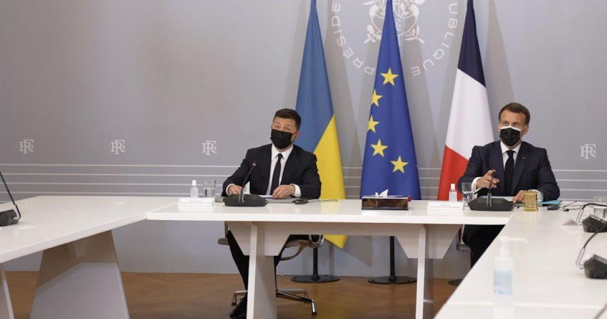 Президент Франції після зустрічі з Зеленським зробив заяву про Донбас українською