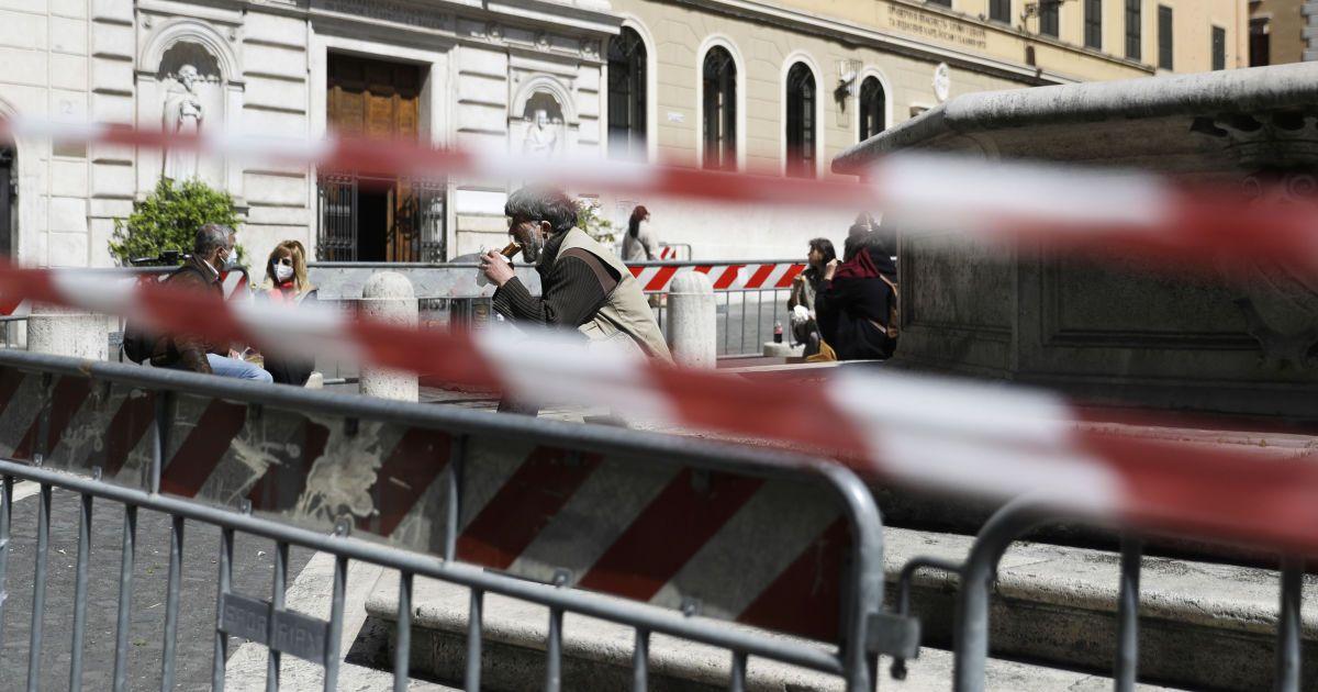 В Італії послаблять карантинні обмеження: відновлять роботу ресторани, школярі повернуться за парти