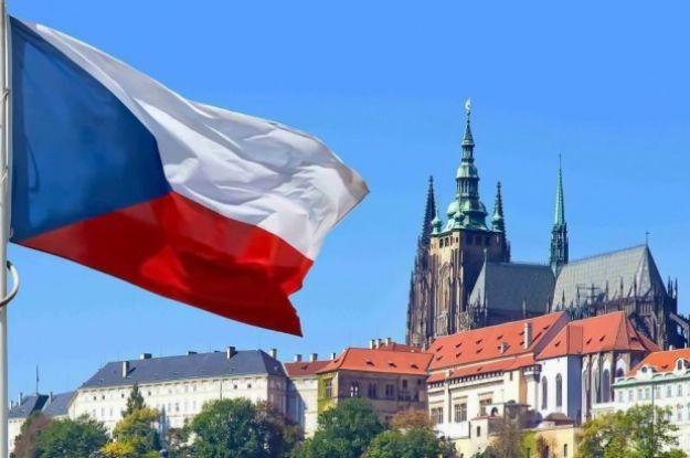 Прага вимагатиме від Москви компенсації за вибухи та хоче вислати з Чехії всіх російських дипломатів